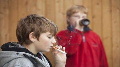 Photo of العلماء يوضحون خطورة تناول الكحول والتدخين على المراهقين