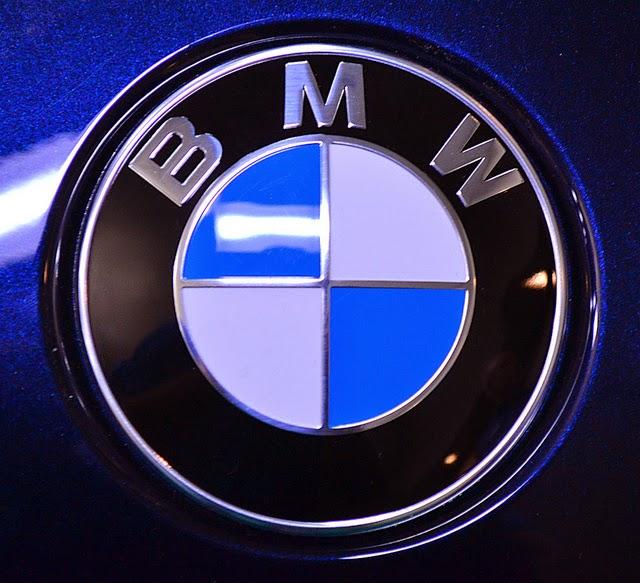 حروف شركة سيارات BMW