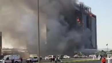 """Photo of مدني الشرقية لـ""""عناوين"""": السيطرة على حريق مبني النيابة العامة دون اصابات"""