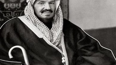 Photo of كيف تحدث المفكرون والسياسيون الأجانب عن الملك المؤسس؟