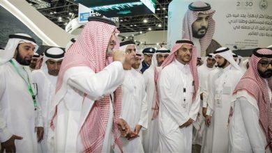 """Photo of سيف بن زايد: لفت انتباهي بجناح السعودية في """"جيتكس"""" الإبداع في تنظيم الحج"""
