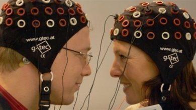 Photo of بالفيديو: تجربة لتبادل الأفكار بين 3 أشخاص عبر شبكة دماغية