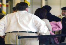 """Photo of شروط شركات الطيران العالمية """"للمسافرين البدناء"""""""