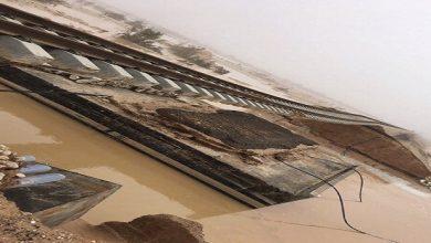 Photo of تحقيق عاجل إثر انجراف رمال أسفل مسار سكة قطار (سار) بالقريات