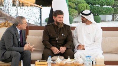 Photo of محمد بن زايد يبحث تعزيز العلاقات مع رئيس الشيشان