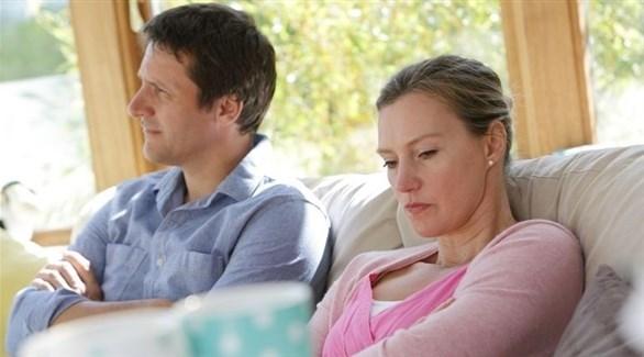 118a087ec تنهار الثقة في بعض الأحيان بين الزوجين، نتيجة خيانة أحدهما، أو إقدامه على  أفعال لا يرضى عنها الطرف الآخر، ويصبح من الصعب إعادة بناءها من جديد.
