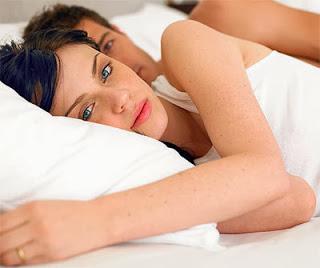 f26c70509 هل تشعر بالألم أثناء الجماع ؟ إذا كان الأمر كذلك ، هذه المقالة ستعطي  المشورة للإناث وعدد قليل من الرجال الذين يشعرون بألم الجماع.