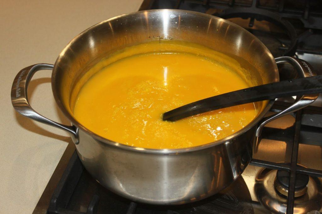 حساء القرع الأحمر