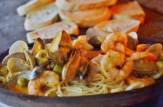 اكلات اسبانيه طبق بيلا دى مارسكوس