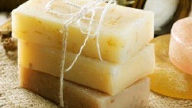 Photo of طريقة عمل صابون طبيعي للبشرة الجافة في المنزل