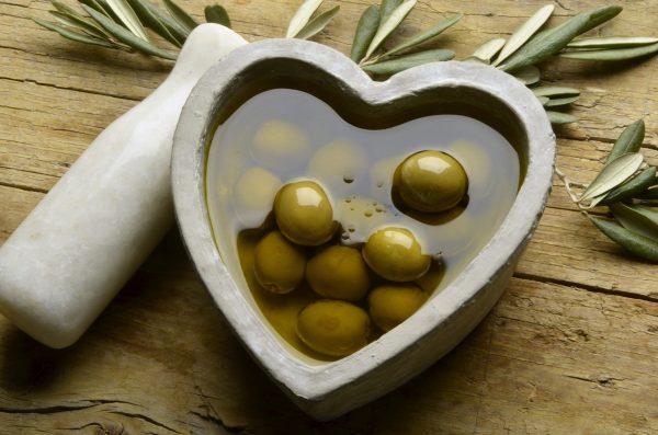 health acropolis olive oil فوائد زيت الزيتون للصحة