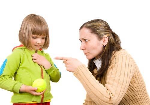 كلمات احذري تقوليها لطفلك