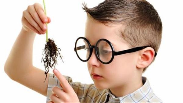 7 علامات تدل على ذكاء طفلك