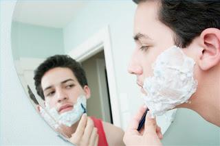 صورة طريقة حلاقة الوجه في المنزل بدون جروح