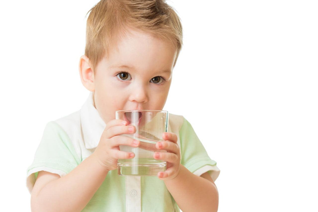 المياه القلوية للأطفال