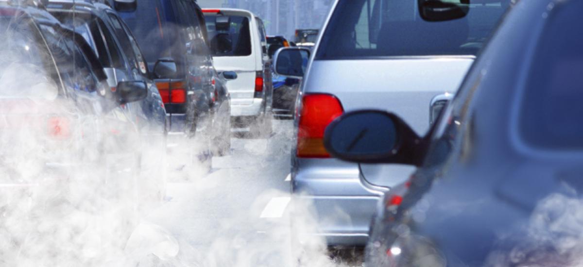 تلويث الغلاف الجوي بعوادم السيارات