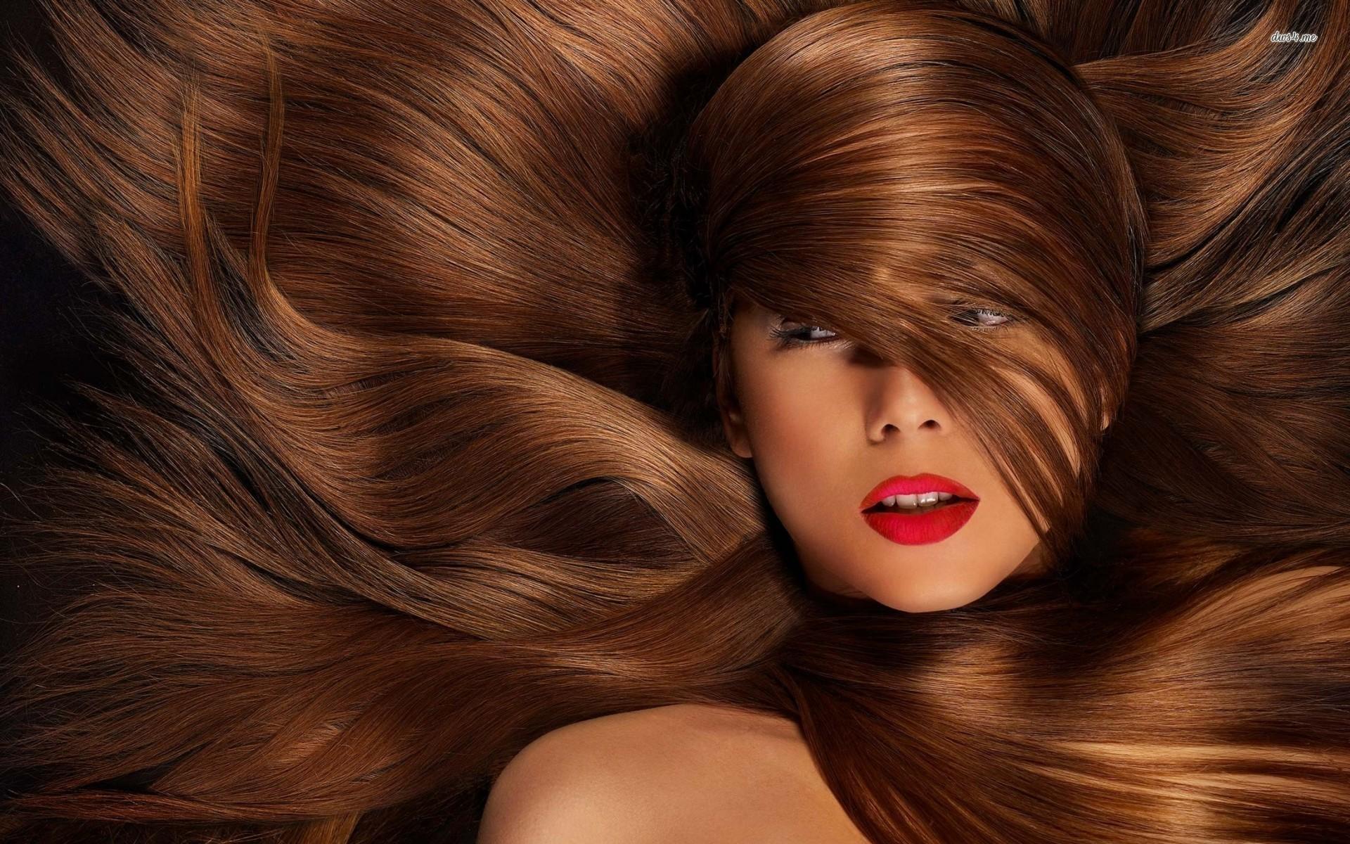 أفضل الفيتامينات والمعادن لتطويل وتقوية الشعر