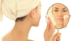 25خلطة منزلية لتنظيف الوجه