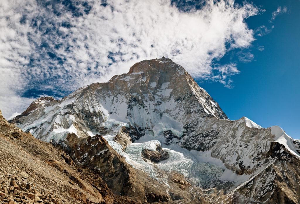 ما هي جبال الهملايا