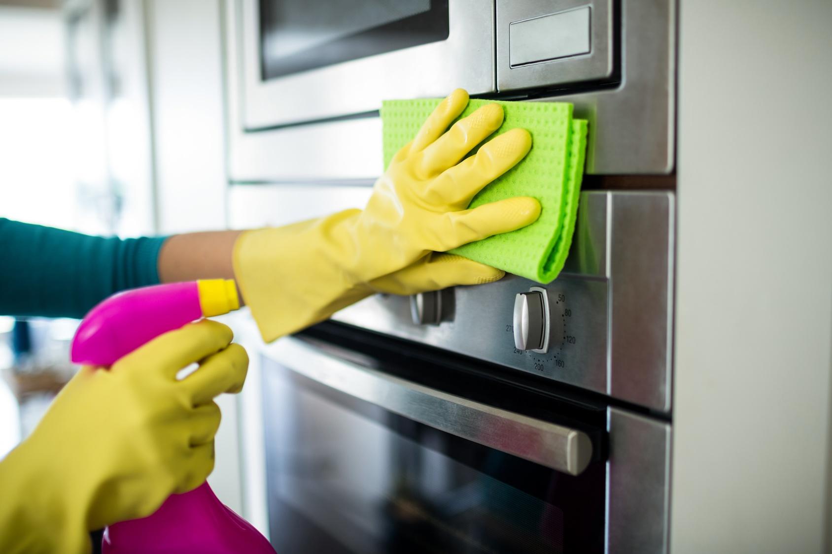 تنظيف البيت