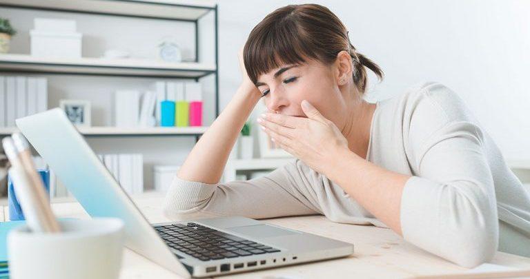 ماهي مخاطر جهاز الحاسب على النوم