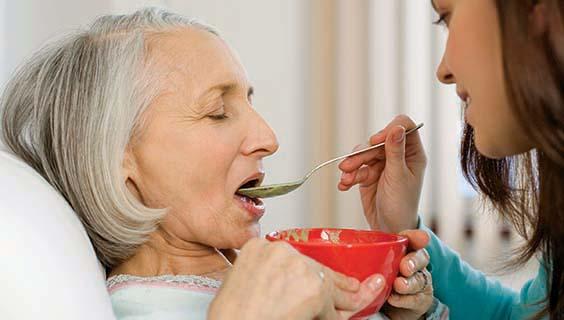 تغذية مرضى الزهايمر
