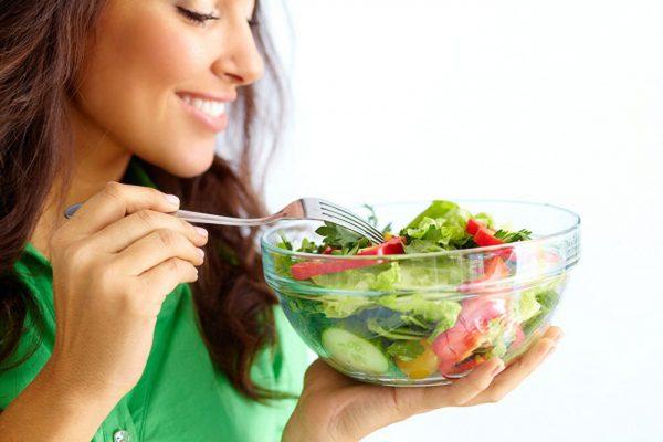 عادات صحية مفيدة للبشرة