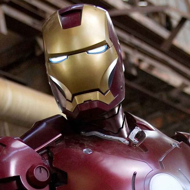 """ايلون ماسك قصة نجاح تحولت إلي فيلم """"الرجل الحديدي """"iron man"""""""