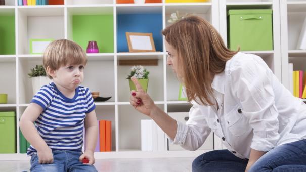 8 قواعد لعقاب الطفل