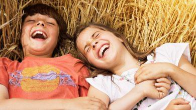 Photo of الضحك يعزز مناعتك فلا تدعي الضحكة تفارقك