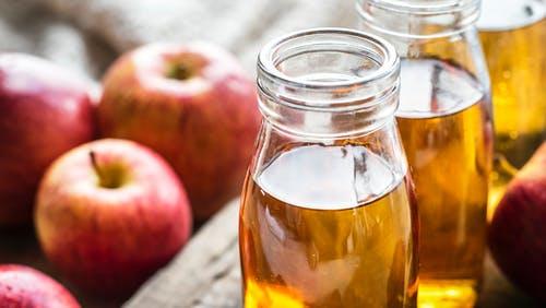 فوائد خل التفاح وطرق استخدامه