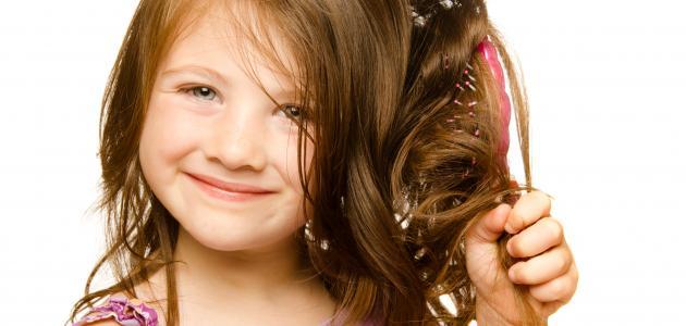 الروتين اليومي للعناية بشعر البنات لإعطائه لمعان وكثافة