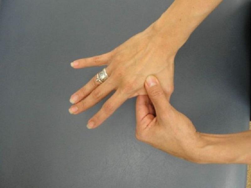 التهاب اصابع اليدين والقدمين