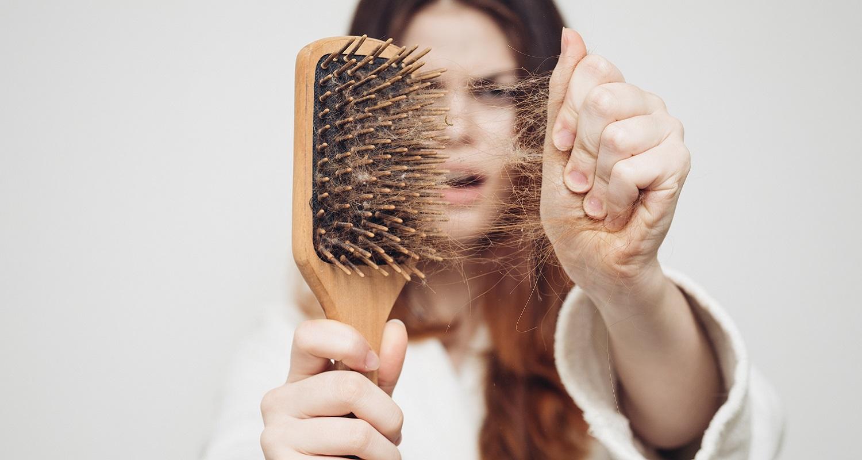 تساقط الشعر عند البنات