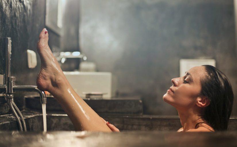 تفسير حلم الاستحمام مجلة رجيم