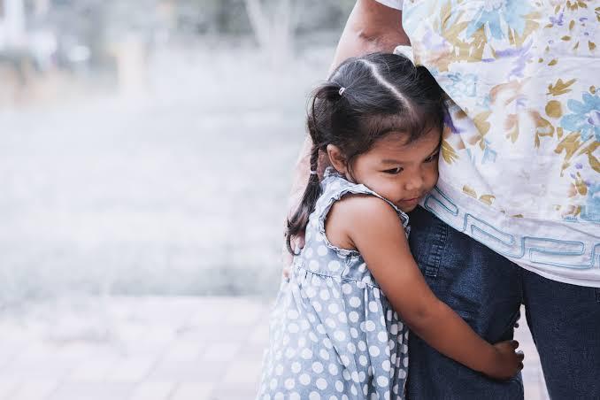القلق الزائد عند الأمهات عى أطفالهم