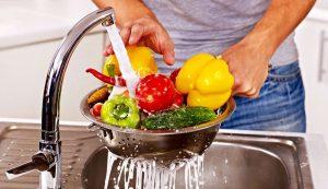 علاج التسمم الغذائي بالاعشاب .