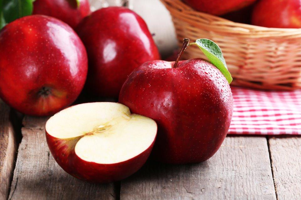 فوائد التفاح الاحمر و الاخضر